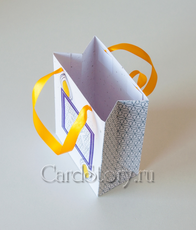 Пакет с ручками